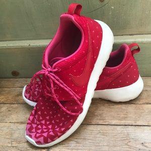Nike Roshe Run 6Y / women's 8